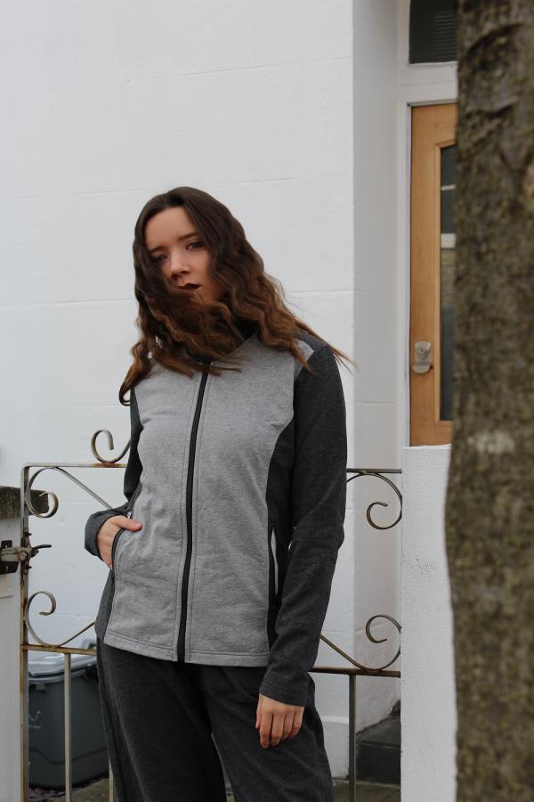 Sustainable streetwear zipped jacket
