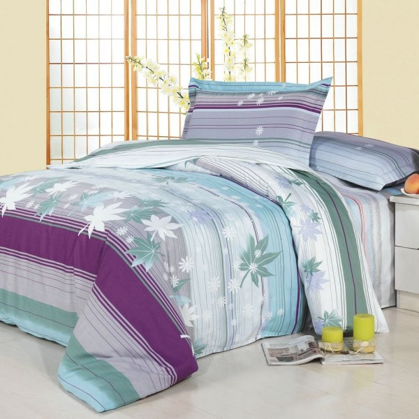 Set of coordinated printed bed sheets and duvet cover. Digital print