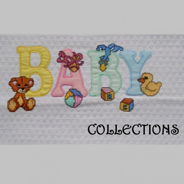 Crib baby bedspread with embroidery and customized applications. Production on request.