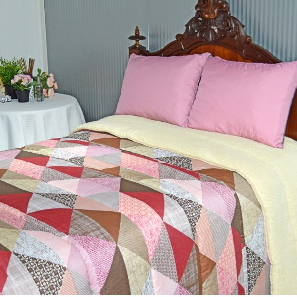 Comforter with sherpa fleece in one side