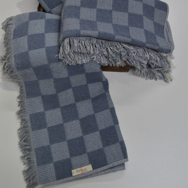 Sustainable bath towels made with organic and recycled cotton.