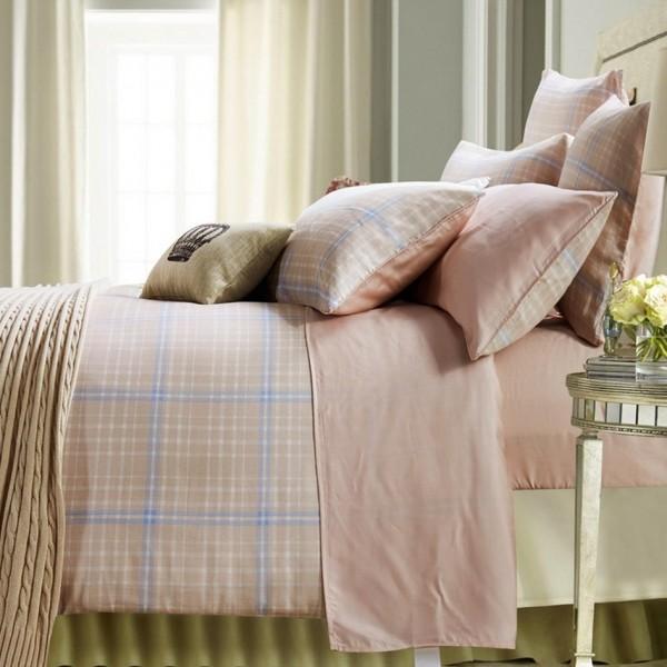Double-face flannel duvet cover set combined with plain color bed sheet set