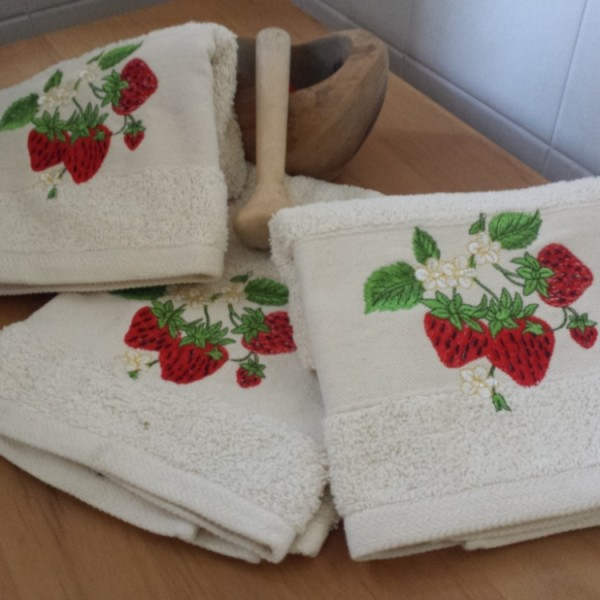 Terry kitchen towel with embroidery, 100% Cotton